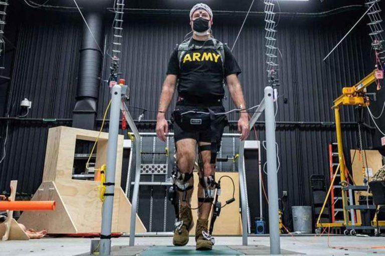 Hatékonyabban segíthetik a katonákat a speciális exoskeletonok