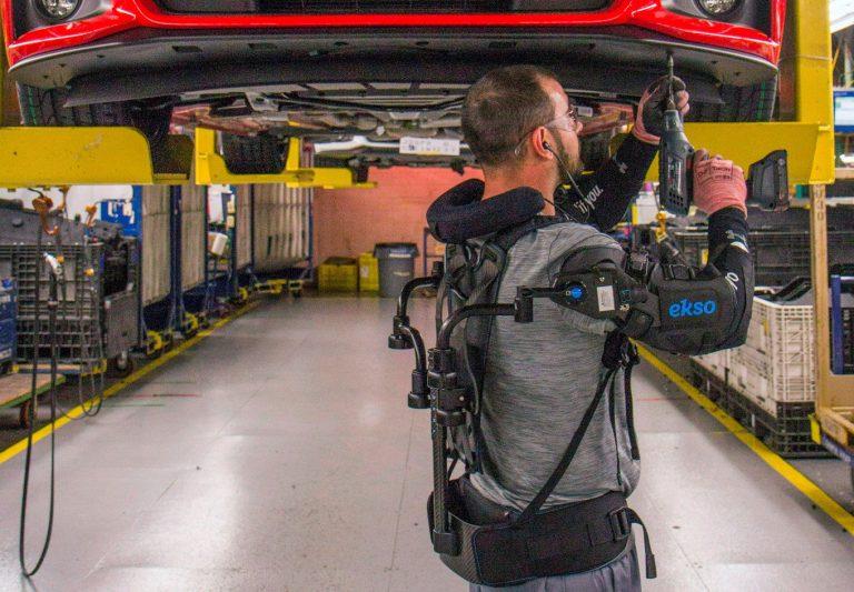 Exoskeleton, az embereket segítő okos robotváz